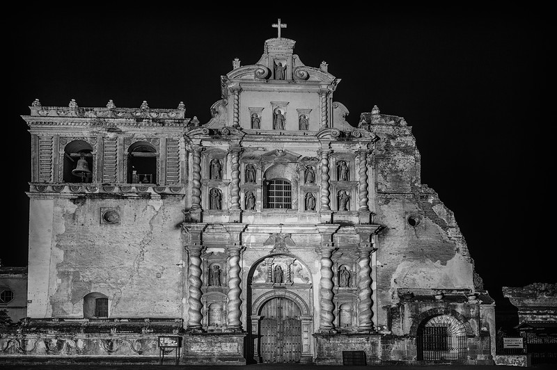 Night of full moon amongst ruins. Church of San Francisco El Grande in Antigua Guatemala. UNESCO World Heritage