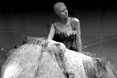 Window Mannequin, 5th Ave, NYC