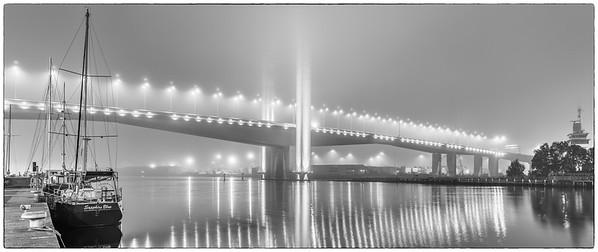 Bolte Bridge in Fog