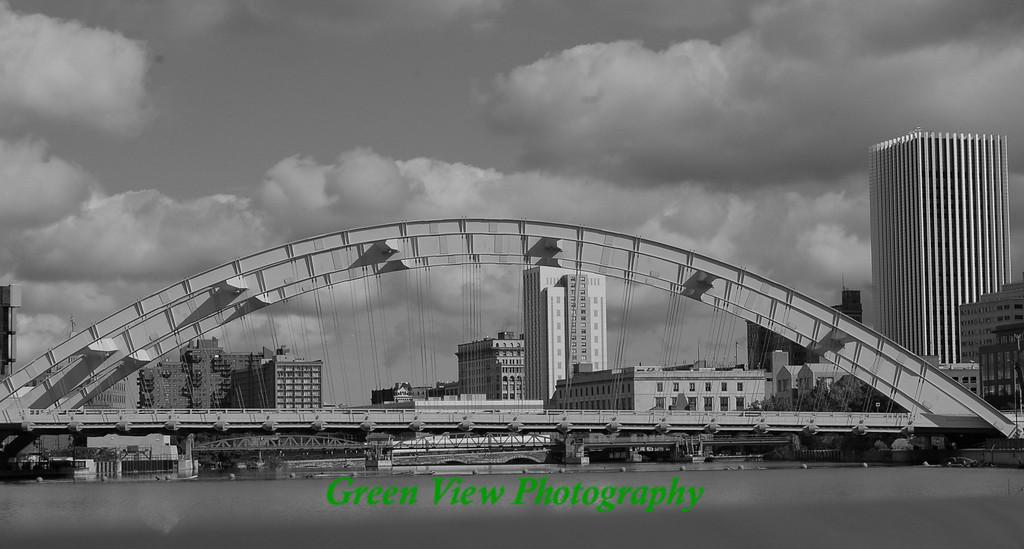 Freddie Sue Bridge