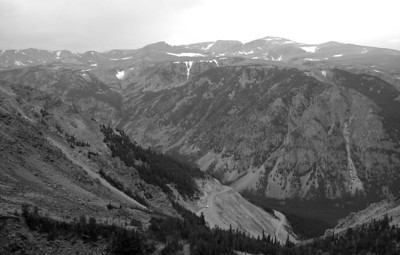 From near the top of the climb up to Beartooth Pass, looking across the valley to Hellroaring Plateau.
