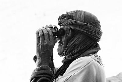 Berber with binocular