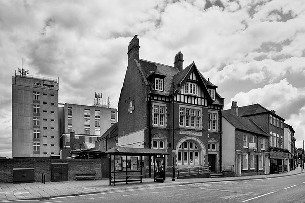 Newbury Post Office Cheap Street - relocating to WH Smith in Northbrook Street after 120 Years BW