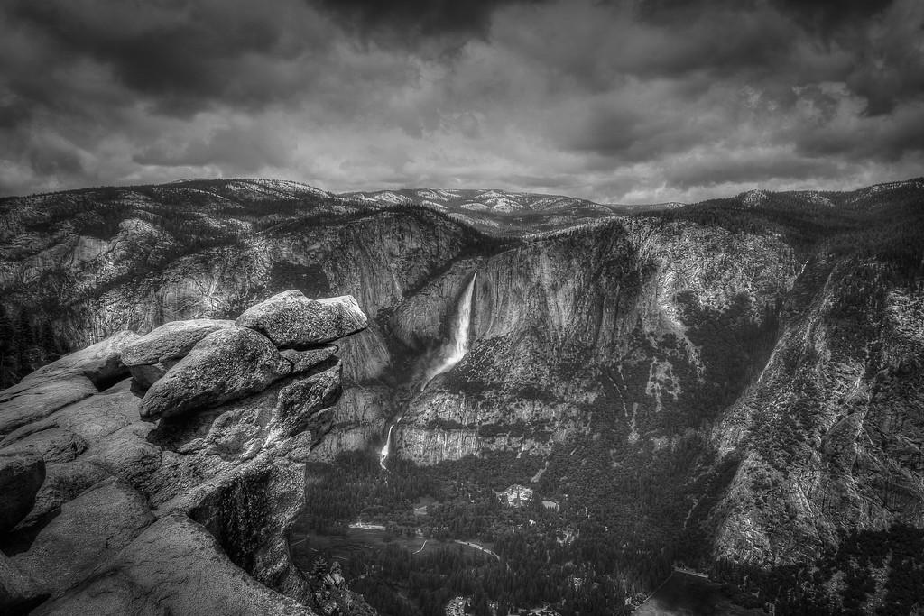 Glacier Points to Yosemite Falls
