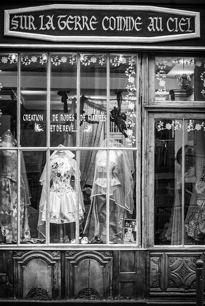Gown shop Paris France