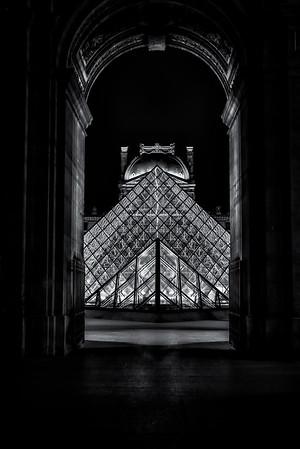 Louvre Pyramid - Night 3<br /> © Sharon Thomas