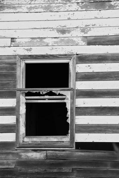 Abandoned house near Grand Island, NE
