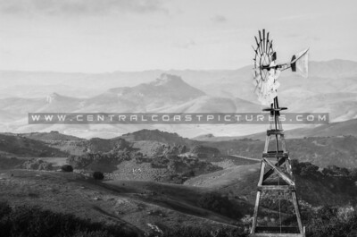 bw-prefumo canyon windmill-3243