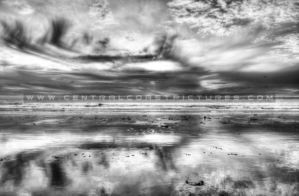 pismo-reflections_5819-bw