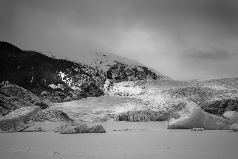 Mendenhall glacier with icebergs