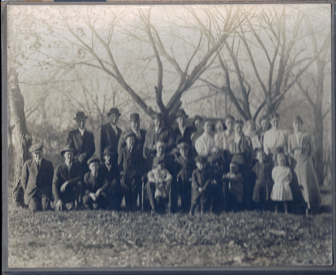 Jame A  Black Family Reunion, McLouth 1914