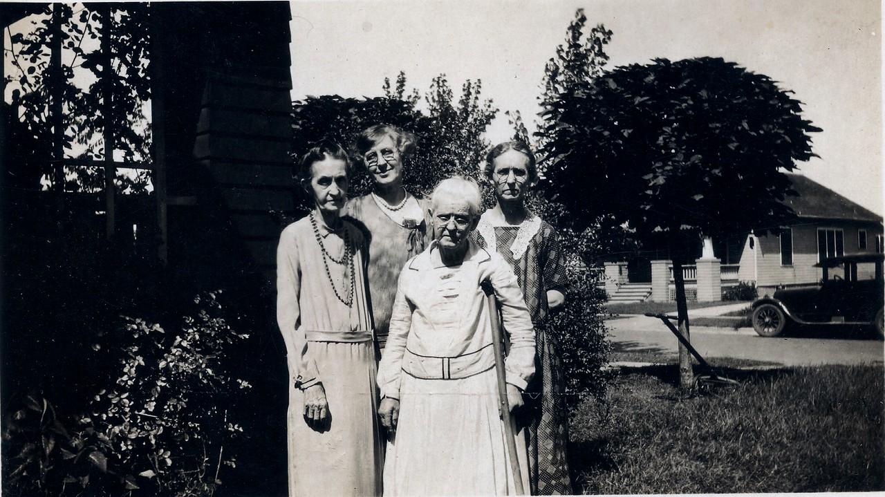 L-R Margaret Kimmell,Unknown,Sarah,Margie