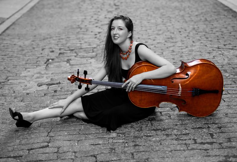 Cellist: Elizabeth Kovalchuk