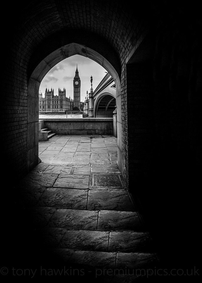 Big Ben through the Arch Canon EOS Forum, Black and White picture of the year 2016.