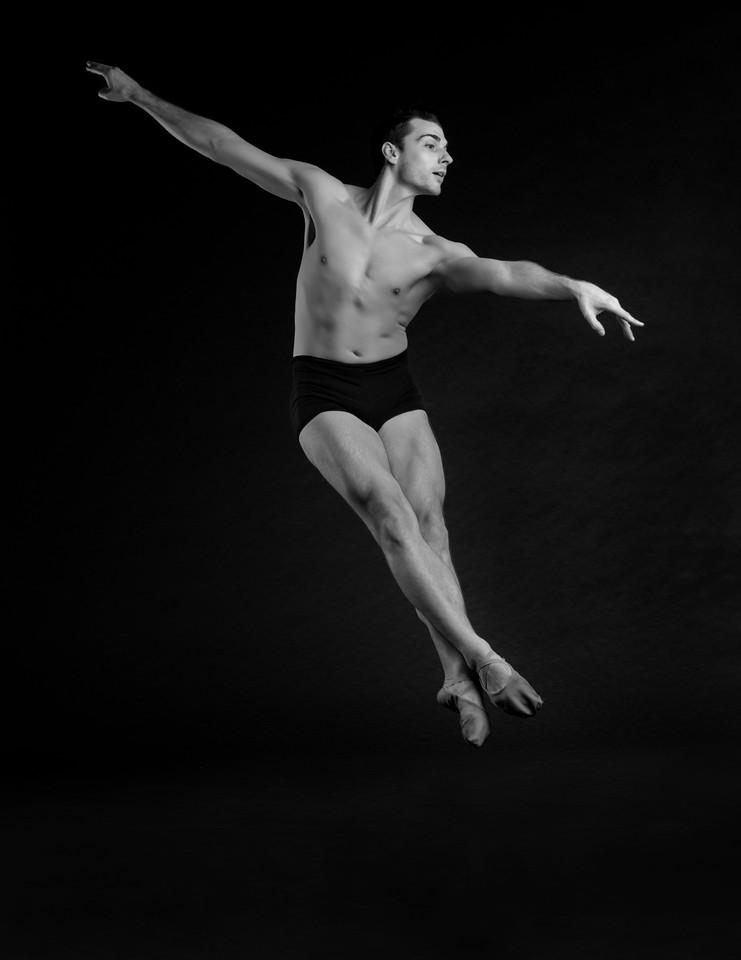 Dancer: Daniel Pigliavento