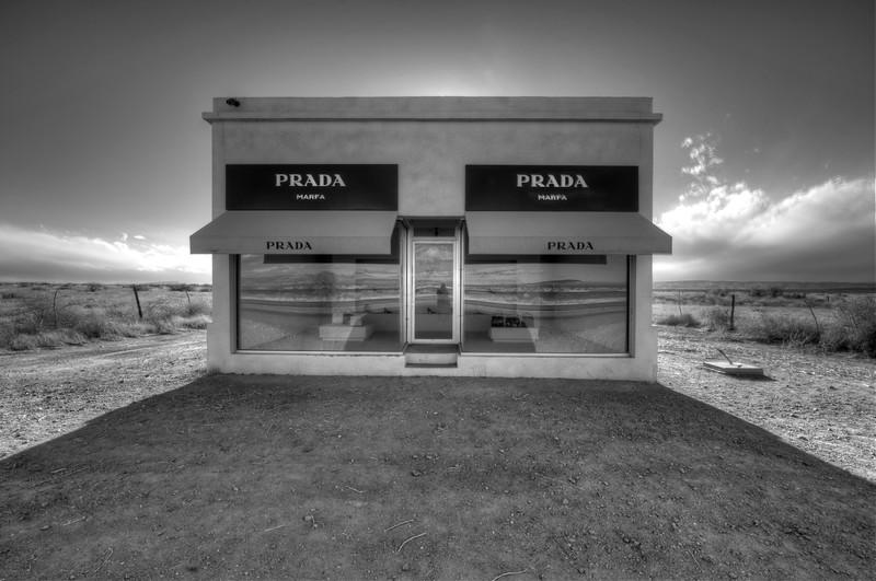 Prada Marfa, Highway 90, Texas