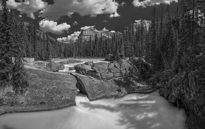 Natural Bridge Black and White 2017- Yoho NP