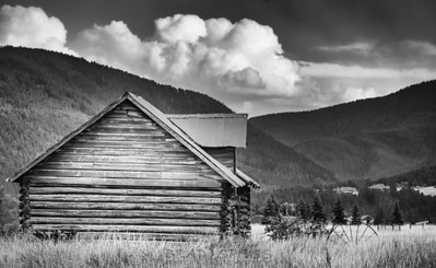 Montana Rustic Cabin