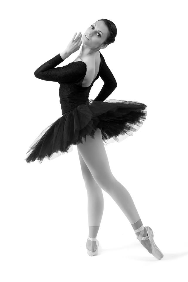 Model/Dancer: Joanna Wronska