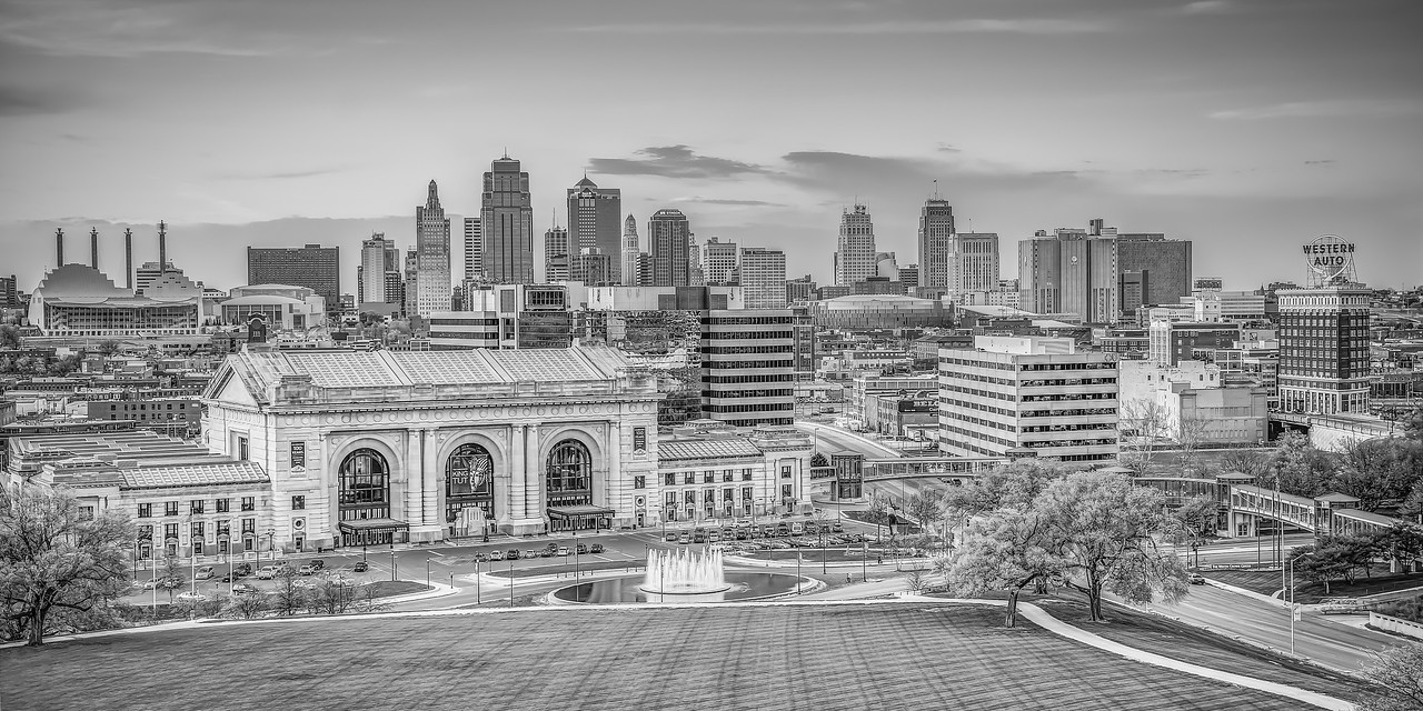 Kansas City Skyline Day