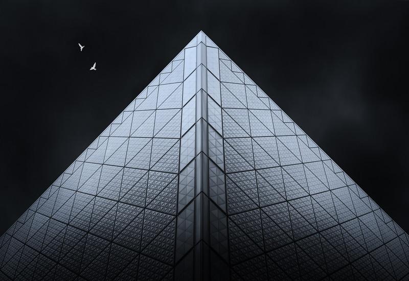 tokyo-big-sight-pyramid-tower