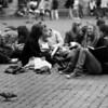 Jeunettes sur la Grand Place - F100, 70-200 VR et Tmax100