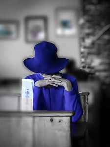 Blue Lady ~ Being the boss anywhere is lonely. Being a female boss in a world of mostly men is especially so. ~ Robert Frost