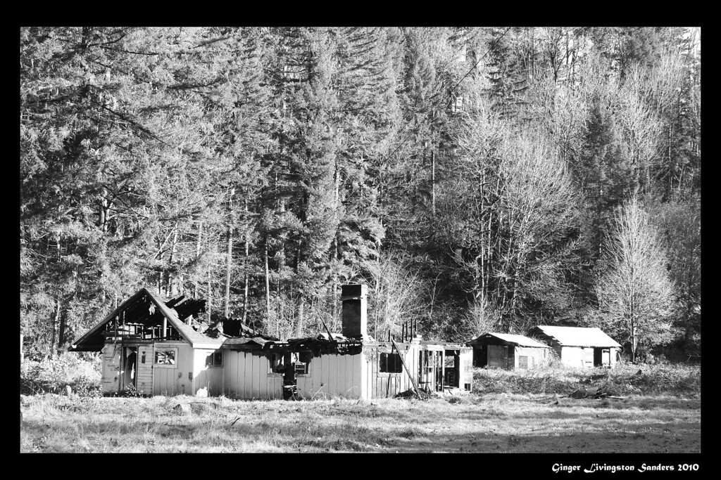 Burned house on the Santiam Pass, Oregon