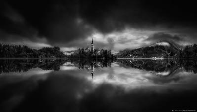 2016.102 - Slovenia XV - LakeBledCloudyDawn - HRes