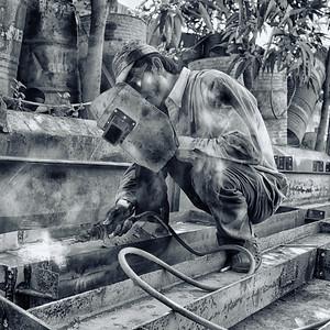 The Welder, Vietnam