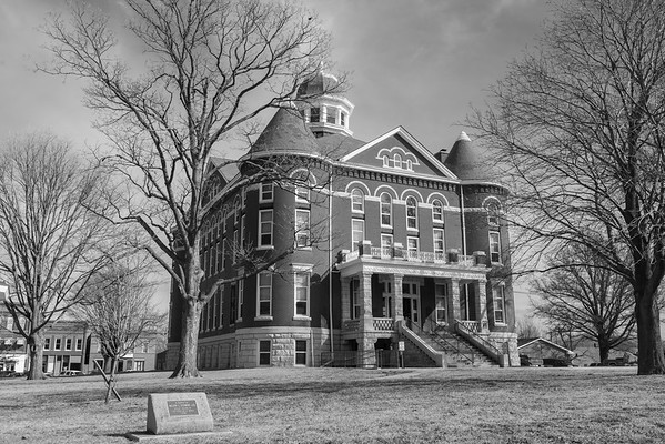 Doniphan County Courthouse, Troy KS (March 2014)