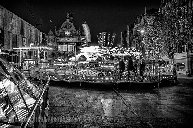 Waiting for a shot - St Enochs Square