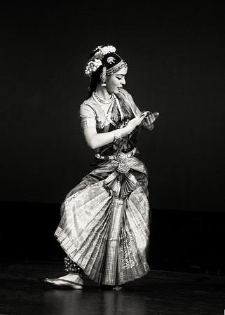 Bharat Natyam Arangetram bw 1-7-12