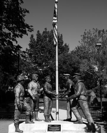 Veterans Valor Statue - Naperville, Illinois