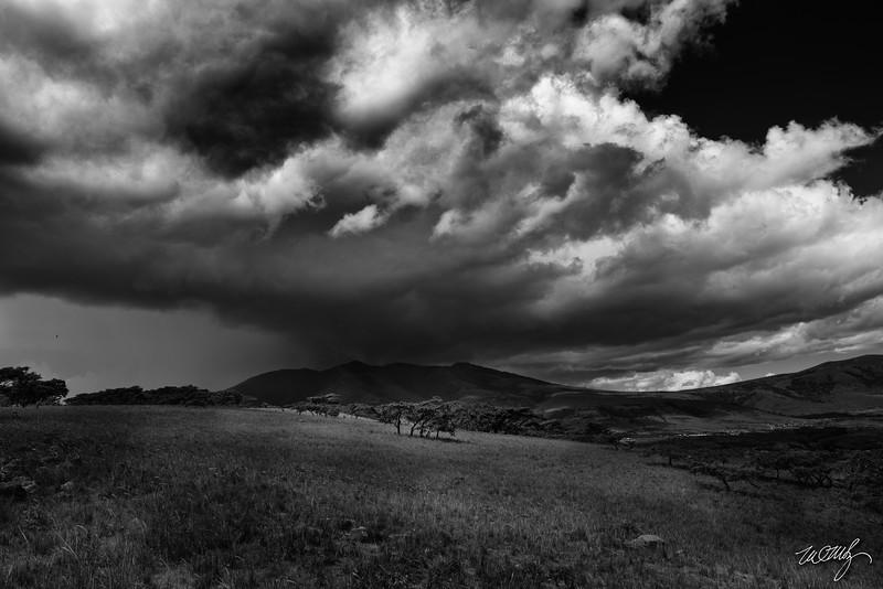 makaroti storm clouds