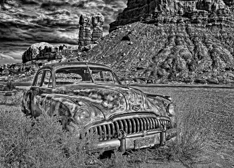 Abandoned Old Buick  2006 w30