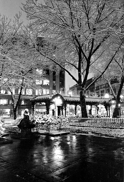 Pioneer Square 2, Seattle, December 18, 1990