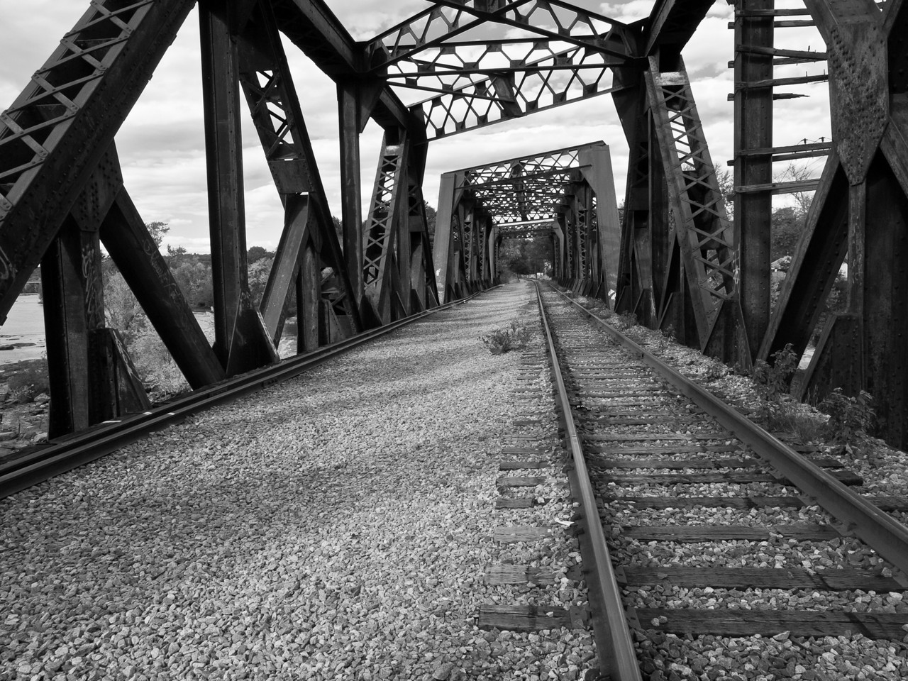 Finally shot this disused (except for foot traffic) train tressle bridge over the Merrimack in Manchester NH.  I've only driven by it thousands of times.