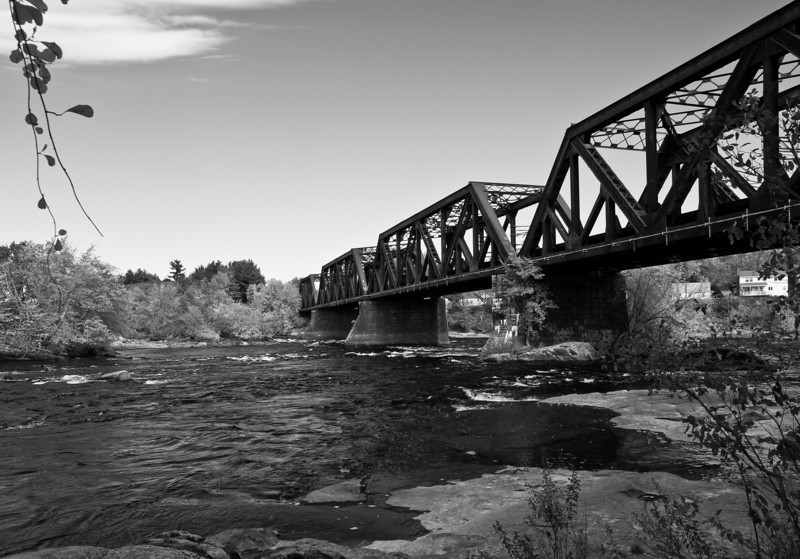 Railroad bridge over the Merrimack.  I didn't realize when I shot them that I'd made bookend shots.