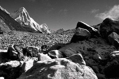 Pumori from the trail between Dugla and Lobuche - early spring morning