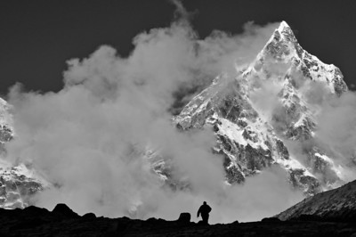 Cholatse as viewed from Dugla on the Everest Base Camp trek
