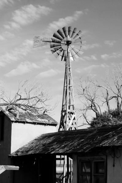 Aeromotor at abandoned farm house near CO NM border