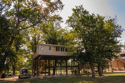 2012 05 28 10 Cabin