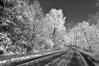 snowy_road_7385