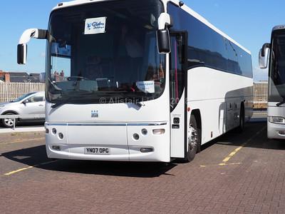 Globe Holidays, Barnsley Volvo B12M Plaxton Paragon YN07 OPG (1)