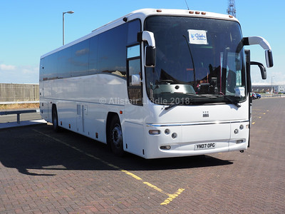 Globe Holidays, Barnsley Volvo B12M Plaxton Paragon YN07 OPG (2)