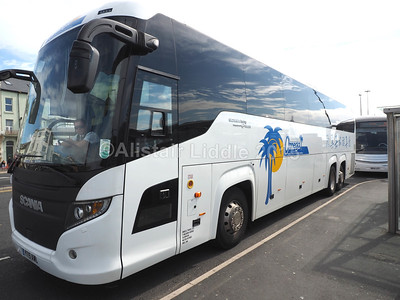 Omega Travel, Miton Keynes Scania Touring Higer YT15 AWO nearside