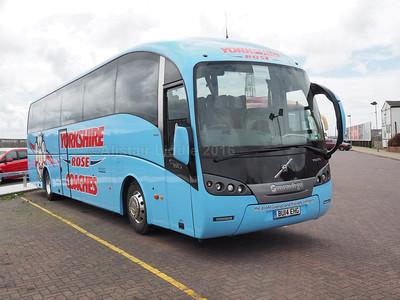 Yorkshire Rose Coaches, Barnsley Volvo B9R Sunsundegui Sideral  BU14 EHG (2)