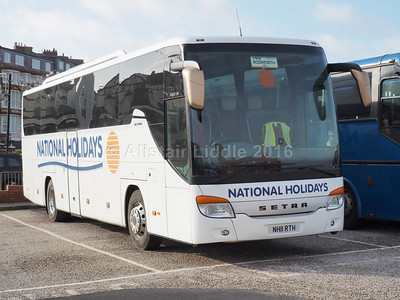 National Holidays, Hull Setra S415 GT-HD NH11 RTH (1)