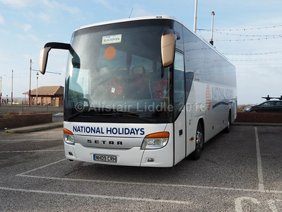 National Holidays, Hull Setra S415 GT-HD NH09 CRH (2)